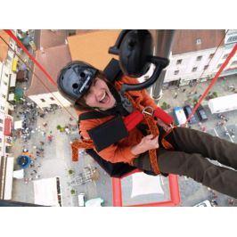 Zážitek - SCAD diving - volný pád z 50 metrů bez lana - Praha