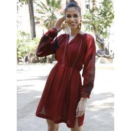 Venca Šaty s výšivkou a dlouhými rukávy červená S