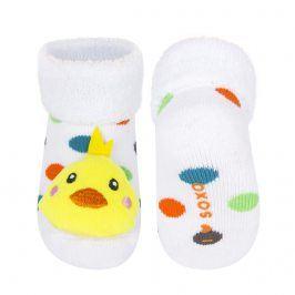 Ponožky s chrastítkem SOXO KUŘÁTKO bílé Velikost: 16-18