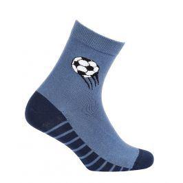 Vzorované chlapecké ponožky WOLA MÍČ modré Velikost: 27-29